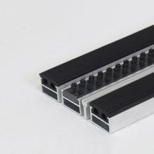 Алюминиевая решетка Щетка-резина-скребок 20 мм